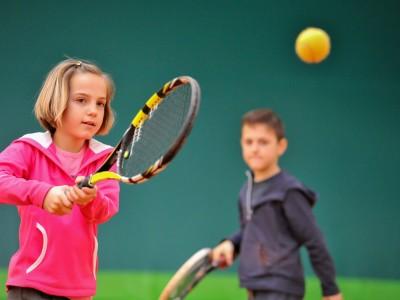 kids tennis lessons